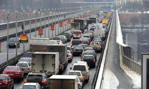 O jeździe samochodem po Pradze, będzie można wkrótce zapomnieć - ostrzega serwis TÝDEN.CZ | fot. http://www.autoforum.cz