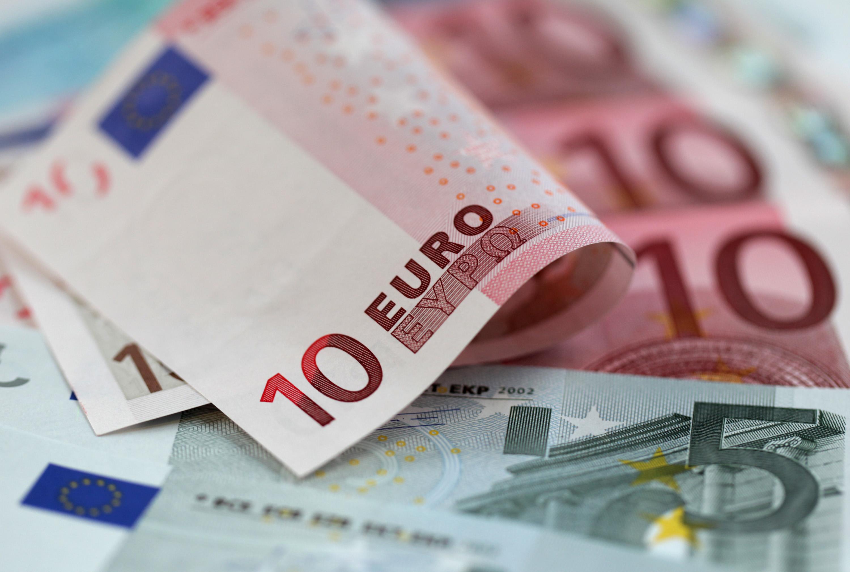 تكاليف المعيشة في اسبانيا - تكاليف الدراسة في اسبانيا - مال